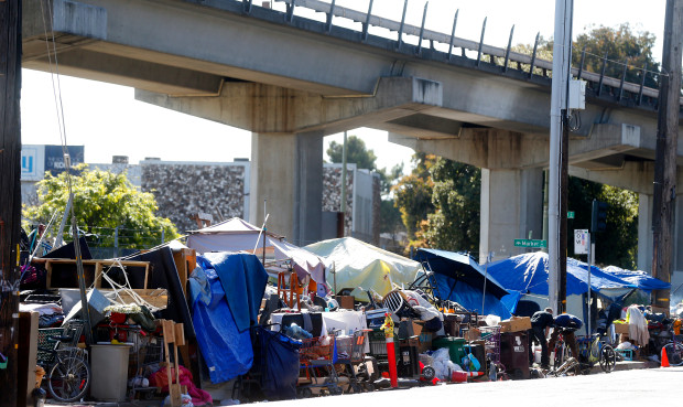OAKLAND HOMELESS CAMPS